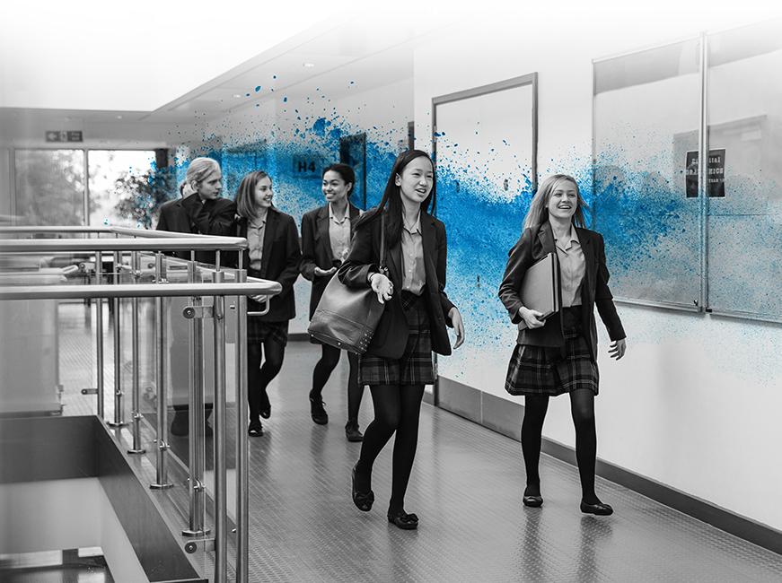 School_corridor_02
